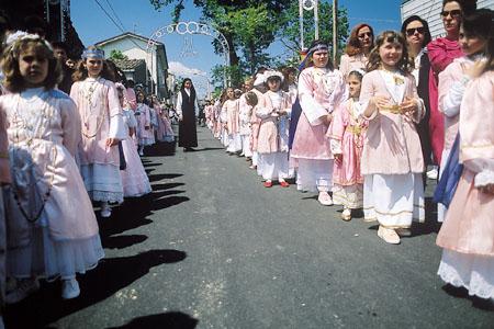 Le verginelle in processione oggi