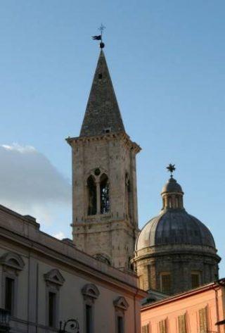 Il campanile di Sulmona