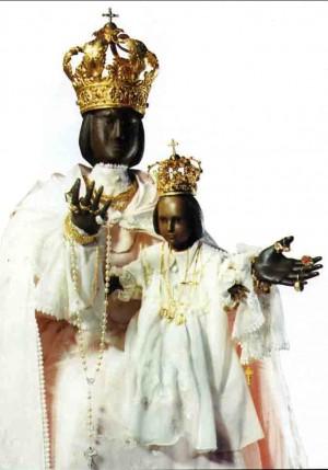 La madonna nera di di Borgo Incoronata, frazione della città di Foggia.